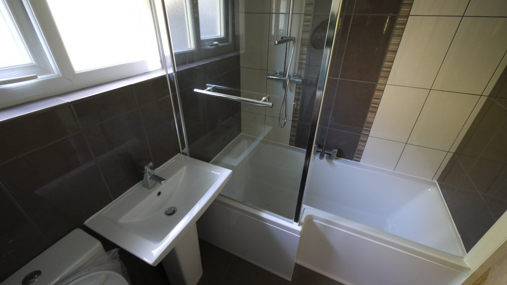 Bathroom Fitting Renovations Design Services In Essex And London Capital Mastercraft
